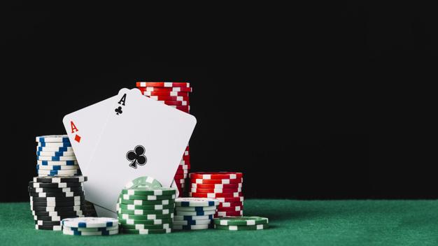 Legalne kasyno online TotalCasino – czy w karty można już grać online?